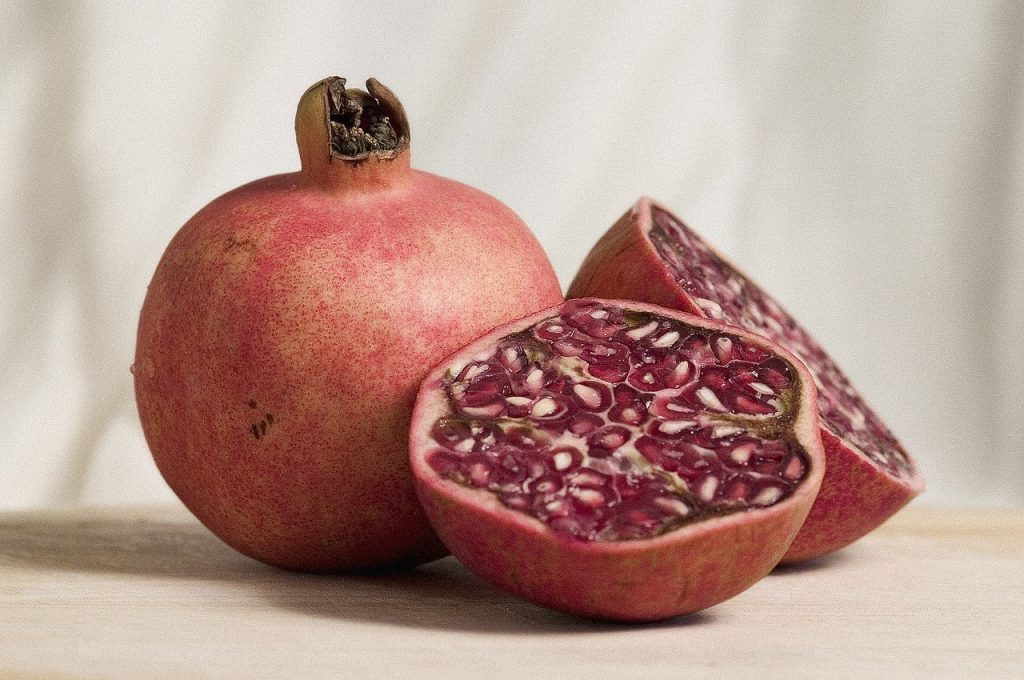 pomegranate husk herbal antimicrobial